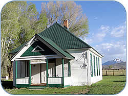 Fairview Schoolhouse Image